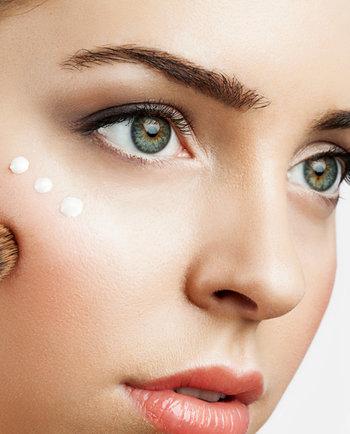 5 tips para colocar la base de maquillaje correctamente