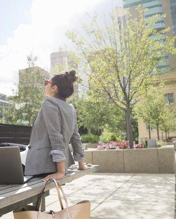 Verano en la ciudad: protege tu piel en casa y al aire libre