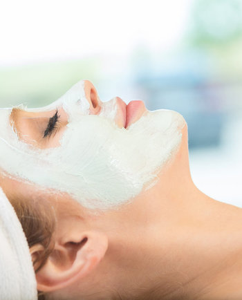 ¿Cómo mejorar la piel con una mascarilla hidratante?