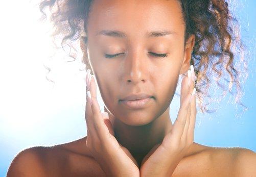 ¿Cómo reconocer los signos de la piel fatigada?