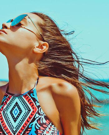 ¿Cómo cuidar la piel con acné durante el verano?