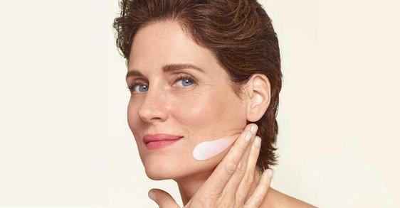 La menopausia: ¿cómo puedo hidratar mi piel a los 50?