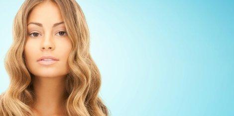 ¿Cómo el estrés afecta al cabello?