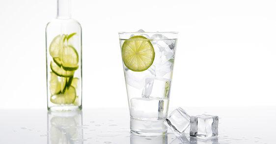 ¿Cómo beber 2 litros de agua al día?